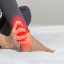 درمان درد مچ پا بعلت آسیب های داخلی و بیرونی مفصل مچ در راه رفتن