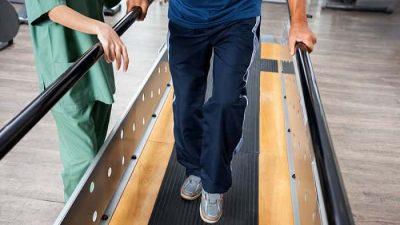 درمان راه رفتن پس از سکته مغزی با فیزیوتراپی و ورزش