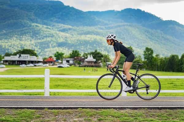 دوچرخهسواری برای درمان روماتیسم زانو