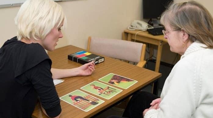 فعالیتهایی که به بیمار سکته مغزی کمک میکنند
